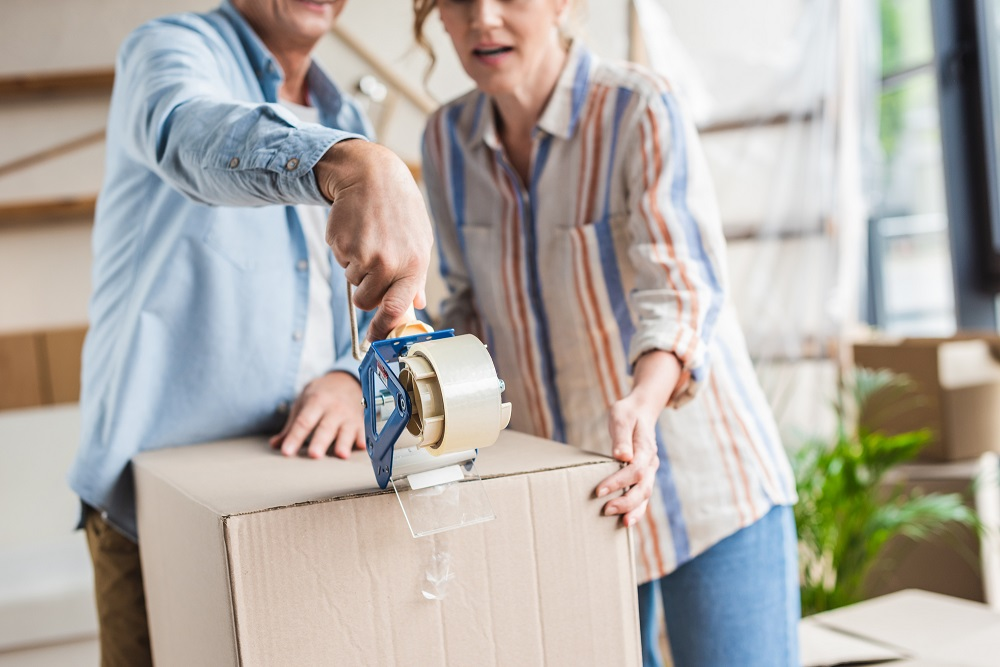 moving-elderly-parents-to-a-new-home_hero-image.jpg