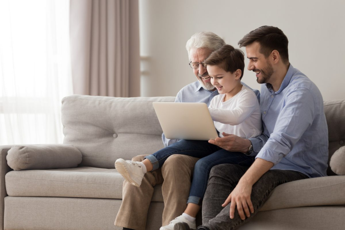 Multigenerational-Households-Face-Challenges-In-The-Time-Of-COVID-19-1200x800.jpg
